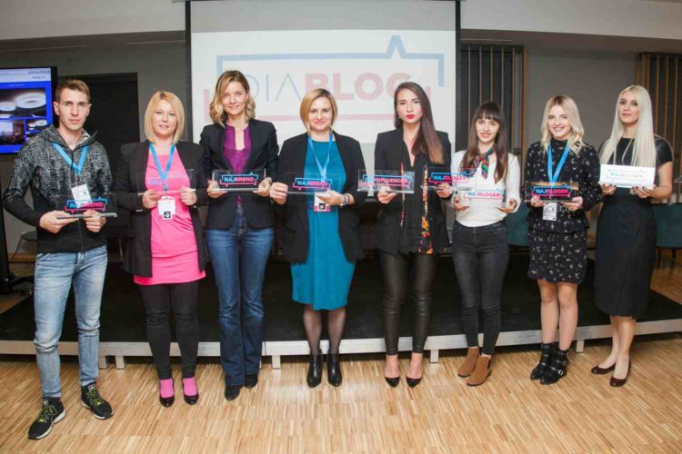 Best bloggers and brands given awards by DIABLOG 3
