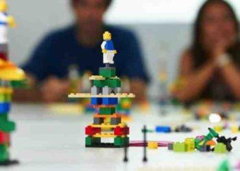 Na doručku sa Valiconom i LEGO kockicama