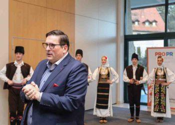 Tradicionalni plesovi na otvaranju PRO PR konferencije na Zlatiboru